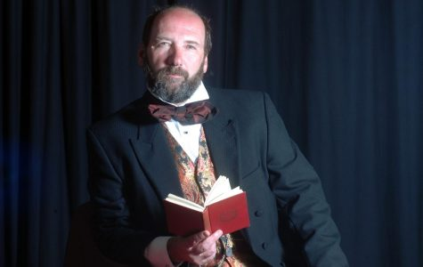 Dickens to perform great-great granddad's iconic play