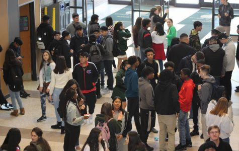 After eating lunch, students gather in the commons and talk with friends while they wait for the bell to go back to their third block class on Feb. 12. At any given time during lunch up to 450 students are in the cafeteria or in the commons.