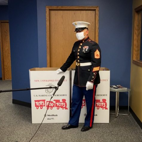 Toys for Tots continue to spread christmas cheer throughout pandemic